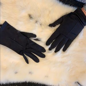 Vintage Black Nylon Bemberg wrist gloves 7